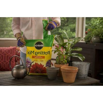 Miracle-Gro Mix Feeds to Potting