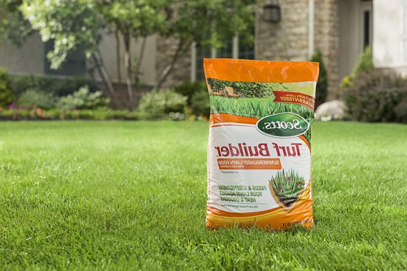 Scotts Builder SummerGuard Lawn Food with Insect Control, sq. ft.